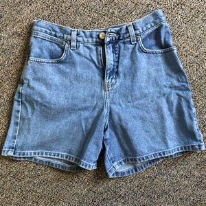 NY&Co Denim Shorts, size 6 Short